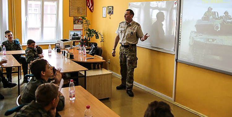 Warrant Officer Michael Rener, a Danish non-commissioned officer serving at the Headquarters Multinational Corps Northeast (HQ MNC NE), performed a one man show last Thursday, 30 April 2015, and taught youngsters of the Secondary School No 24 about MNC NE and Danish Army.